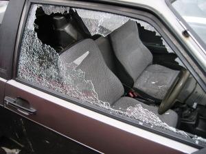 Heeft u schade aan uw auto of is er ingebroken, L. van Brederode Hypotheken en Assurantiën.