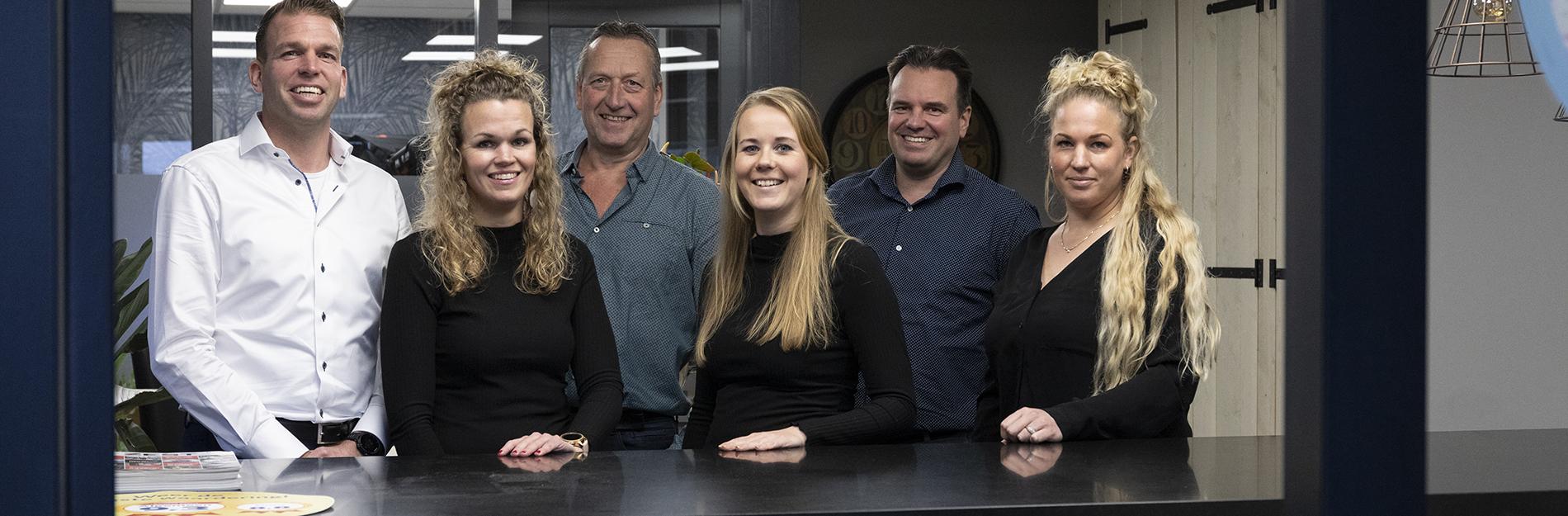 team L van Brederode in het kantoor Tuitjenhorn